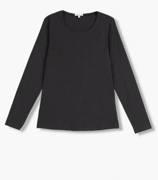Long sleeve tee from our range of everyday essentials for woman